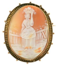 A SHELL CAMEO BROOCH IN GOLD, MARKED 9CT, 50 X 40 MM, 11.7G  Sold @ Mellors & Kirk