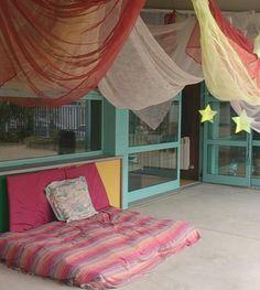 El relax forma part de la quotidianitat del dia a dia a l' escola bressol dels Pinetons!