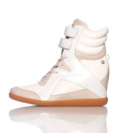 b702f1e54b8 REEBOK High top sneaker Lace closure Padded ankle supports Tongue with  REEBOK logo Cushioned inner sole Zipper detail Leather throughout Velcro  straps