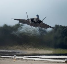 Military Jets, Military Life, Military Aircraft, Stealth Aircraft, F22 Raptor, Us Air Force, Fighter Jets, Aviation, Cold War