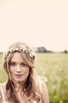 Hey, I found this really awesome Etsy listing at https://www.etsy.com/listing/100322182/bridal-crown-boho-wedding-wreath-rustic