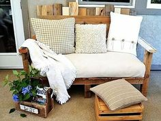 This pallet sofa is awesome. We love the funky look of this upcycled furniture piece. It's perfect for a summer deck! This pallet sofa was built around the dimensions of a reused futon mattress. Find a plush mattress and make yourself a pallet wood sofa. Diy Outdoor Furniture, Pallet Furniture, Outdoor Sofa, Outdoor Pallet, Pallet Patio, Furniture Ideas, Outdoor Living, Painted Furniture, Outdoor Seating