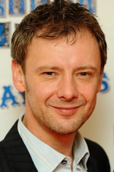"""Doctor Who"" alumn John Simm to star on BBC America series ""The Intruders"""