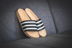 adidas - Adilette Cork W (schwarz / weiß) - BA7211