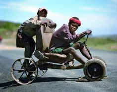 Future Engineers Photo by: Obie Oberholzer African Market, African Fashion, African Style, Travel Humor, People Of The World, Old Antiques, South Africa, Baby Strollers, Culture