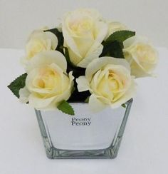 Pretty faux cream roses in mirrored cube; the perfect finishing touch for a bedroom or use in groups as a dining table decoration. Decorative Items, Decorative Accessories, Boutique Homes, Cream Roses, Luxury Interior Design, Joss And Main, Table Decorations, Floral Decorations, Cube