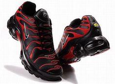 Black & Red Shox