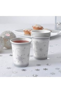 Pack of 8 Shimmering Snowflake Paper Cups - Christmas & Winter Party Decoration & Tableware Ideas