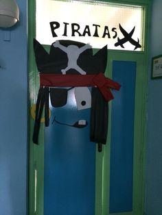 Puerta pirata Bottle Opener, Ideas, Pirates, Classroom, Blue Prints, Thoughts
