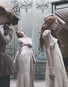 glamourdistrict:  Dark fairytales, the pied piper, shot by Eugenio Recuenco for Vogue in 2006