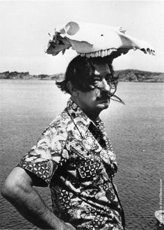 Dali wearing an uncomfortable hat