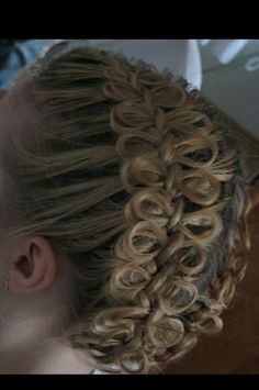 Bows and braids Girl Hairstyles, Braided Hairstyles, Wedding Hairstyles, Fancy Updos, Bow Braid, Hair Heaven, Split Ends, Great Hair, Hair Dos