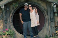 Casal brasileiro viaja pelo mundo buscando histórias de professores