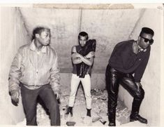 vintage everyday: Amazing Vintage Snapshots Capture French Punk Culture from the 80s Punk, Punk Goth, Afro Punk Fashion, 80s Fashion, British Punk, Gothabilly, New Romantics, 1980s, Culture