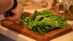 GastroApu   Fokhagymás mángold saláta mentás joghurt öntettel Lettuce, Vegetables, Food, Mint, Yogurt, Vegetable Recipes, Eten, Veggie Food, Salad