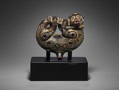 Флейта окарина, предположительно, в форме животного кинкажу. Коста-Рика, Никоя, 1200–1500 годы