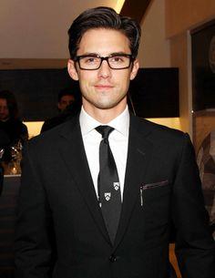 Milo Ventimiglia. Oh man I'm a sucker for men with glasses.