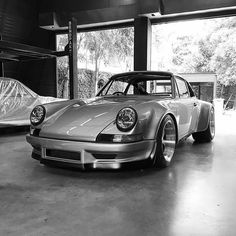Another look at the latest build out of @rwbthailand - #rwbsinatra with its smooth fenders Owner: @wan.issara #cult911 #porscheartdaily #rwbthailand #renndrive #gtporschethailand #porsche #porsche911 #porsche964 #backdated964 #backdated911 #modifiedporsche