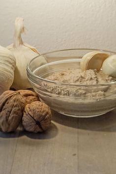 PESTO DI NOCI #aglio #condimento #condimentofacile #freezer #fruttasecca #jolly #miusse #moussedinoci #moussesalata #noci #pesto #pestodifruttasecca #pestodinoci #pestofacile #pestoveloce #pestovelocissimo #ricetta #ricettaconfruttasecca #ricettaconnoci #ricettacongelabile #ricettafacile #ricettajolly #ricettaperbambini #ricettavegetariana #ricettaveloce #ricettaversatile #salsa #salsadinoci #salsina