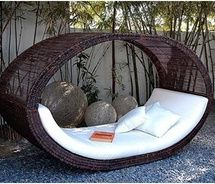 http://www.modresdes.com/2010/03/modern-beds-design-private-cloud-by-manuel-kloker/stylish-bed-models/