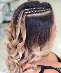 2019 braiding hair trends style fashion hair beauty hairbraiding hairstyless Which braid do you like the most? Haircuts For Frizzy Hair, Easy Hairstyles For Long Hair, Box Braids Hairstyles, Girl Hairstyles, Blonde Box Braids, Long Braids, Afro Hair Girl, Curly Hair Styles, Natural Hair Styles