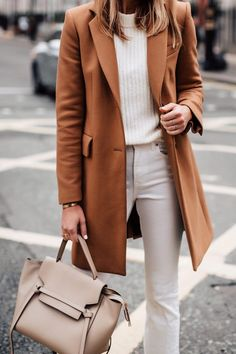 White Touches to Winter #whiteoutfits #winteroutfits #winteroutfitideas #beltbag #bumbag #womanfashion #fashionoutfits #fashionoutfitsforwinter #outfits #outfitsfashion #outfitstyle #outfitoftheday #outfitideasforwomen #fashiontrends #fashiontrends2019 #fashionactivation #woman #fashion #fashiontrend #fashiontrendsoutfits #dailyoutfit