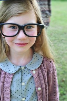 Lose the silly glasses, and this is the sweetest look for a little girl.  Love!