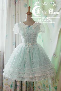 @PinFantasy - Lolita dress ~~ For more: - ✯ http://www.pinterest.com/PinFantasy/lifestyles-~-lolita-style-fashion-and-fantasy/