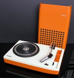 Philips Record Player by vicent.zp, via Flickr