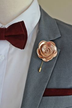Ideas For Wedding Songs Ceremony Rose Gold Gold Wedding Theme, Wedding Rings Rose Gold, Wedding Rings Vintage, Wedding Flowers, Wedding Themes, Wedding Songs, Wedding Men, Wedding Styles, Wedding Tuxedos