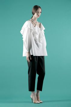Vika Gazinskaya Spring 2014 Ready-to-Wear Collection Photos - Vogue