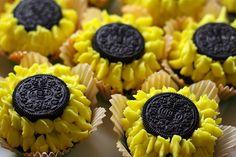 Sunflower Cupcakes Made With Oreos - Cupcakes Take The Cake