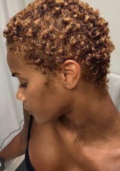 Natural Hair Short Cuts, Short Sassy Hair, Dyed Natural Hair, Natural Hair Tips, Short Hair Cuts, Natural Hair Styles, Blonde Twa, Corte Pixie, Blonde Hair Black Girls
