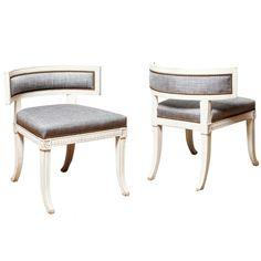 Chaises de style suédois gustavien