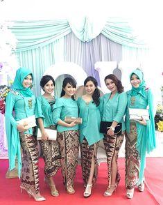 Check out trending dresses for Vera Kebaya, Kebaya Lace, Kebaya Brokat, Kebaya Dress, Batik Kebaya, Dress Pesta, Batik Dress, Kebaya Muslim, Muslim Dress