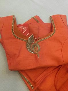 New Saree Blouse Designs, Cutwork Blouse Designs, Simple Blouse Designs, Stylish Blouse Design, Bridal Blouse Designs, Mirror Work Blouse Design, Designer Blouse Patterns, Aari Embroidery, Embroidery Works