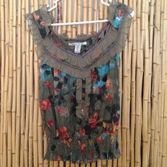 Summery top Super cute American Rag brand top. Cute and light. Lace around the neck. Tapered around the waist. American Rag Tops