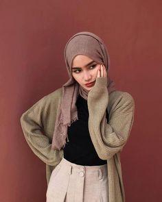 Casual Hijab Outfit, Ootd Hijab, Girl Hijab, Hijab Chic, Street Hijab Fashion, Muslim Fashion, Korean Fashion, Fashion Outfits, Mode Turban