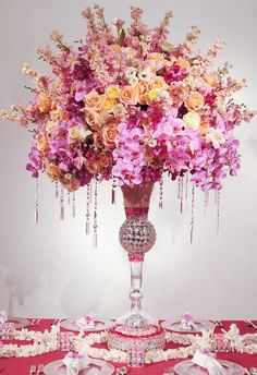 Love the jewels cascading from the arrangement.  I had jewels in my bouquet (2nd time around)  Tres chic!