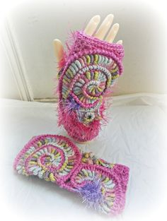 Wristwarmers, Pink Freeform Crochet,  Arm Warmers, Fingerless Gloves in Pure Wool.  Ready to Post.