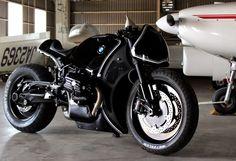 BMW R Nueve T, Cereza.