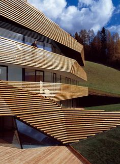 Strata Hotel/extension to Residence Königswarte by Plasma Studio