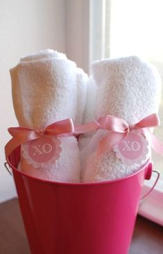 """Day  Spa Party!""""   Catch My Party~ Cute Way to set out Washcloth's & Handtowels"""