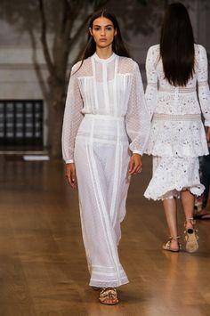 Oscar de la Renta   New York Fashion Week   Spring 2017 • Model: Camille Hurel