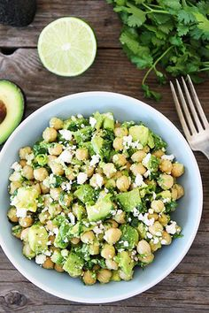 Might have to give this a shot without the feta.Chickpea, Avocado and Feta Salad Chickpea Salad Recipes, Vegetarian Recipes, Cooking Recipes, Healthy Recipes, Avocado Recipes, Chickpea Feta Salad, Garbanzo Bean Recipes, Avocado Ideas, Think Food
