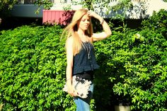 Ann So blog supports our brand. Look at her outfit and how it matches with our SoSo Vogue bag. Wonderful!