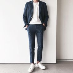 Can I escape my past me? Me that made me strong. Will it haunt me upo… Korean Fashion Men, Korea Fashion, Mens Fashion, Parisian Fashion, Bohemian Fashion, Fashion Fashion, Retro Fashion, Men Street, Street Wear