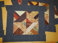 """Quilters...Enjoy Color!: Setting Odd Blocks with 2 1/2"""" Strips"""