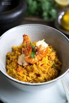 Arabic spice rice with fried shrimps - Madame Cuisi .- Arabic spice rice with fried shrimps Madame Cuisine recipe Healthy Recipes For Diabetics, Healthy Gluten Free Recipes, Healthy Meals For Two, Healthy Crockpot Recipes, Healthy Salad Recipes, Healthy Breakfast Recipes, Healthy Foods, Biryani, Spiced Rice