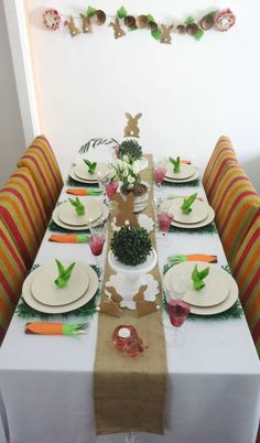 How to decorate a Easter party table!  See more party planning ideas at CatchMyParty.com!